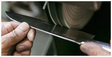 Yaxell - produktion af kniv