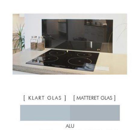 Firkantet stænkpanel i jernfrit glas  - Alu-farvet -Flere størrelser